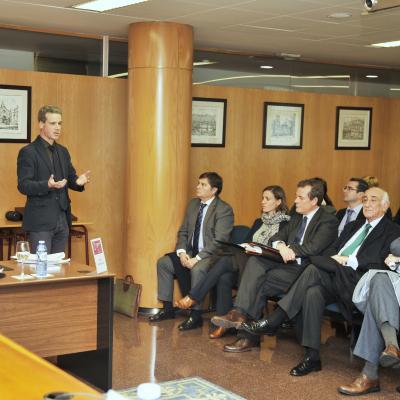 Fernando Peña presenta la sesión