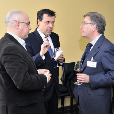 Andrés Castro (FINSA), Juan Antonio Astray (GADISA), Julio Tasende (Magistrado, Audiencia Provincial de A Coruña)