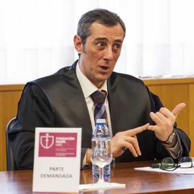 Ricardo Ron actuaba en defensa de los demandados