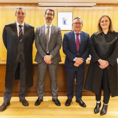 Intervinientes en la sesión: Ricardo Ron, Luis de Castro, José Luis Ayo y Natalia Álvarez