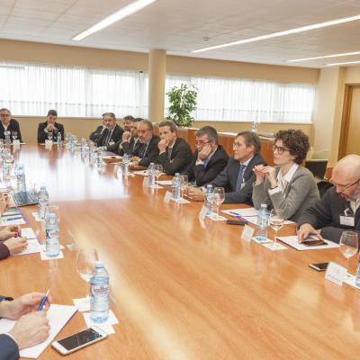 El Director de la Cátedra, Fernando Peña, presenta la sesión