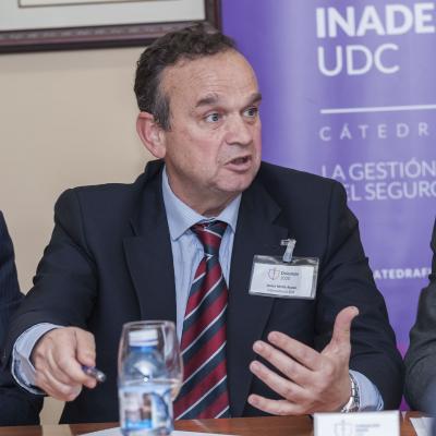Javier Mollá durante su exposición