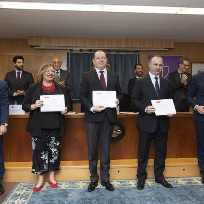 Alumnos Guillermo Grobas, Patricia Lois, Roberto López, Javier López y Francisco López