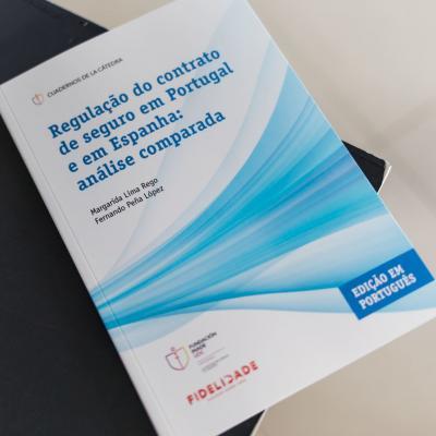 Tercer Volumen de Cuadernos de la Cátedra en versión Portuguesa